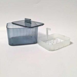 Praktisk oppbevaringsboks for tannproteser